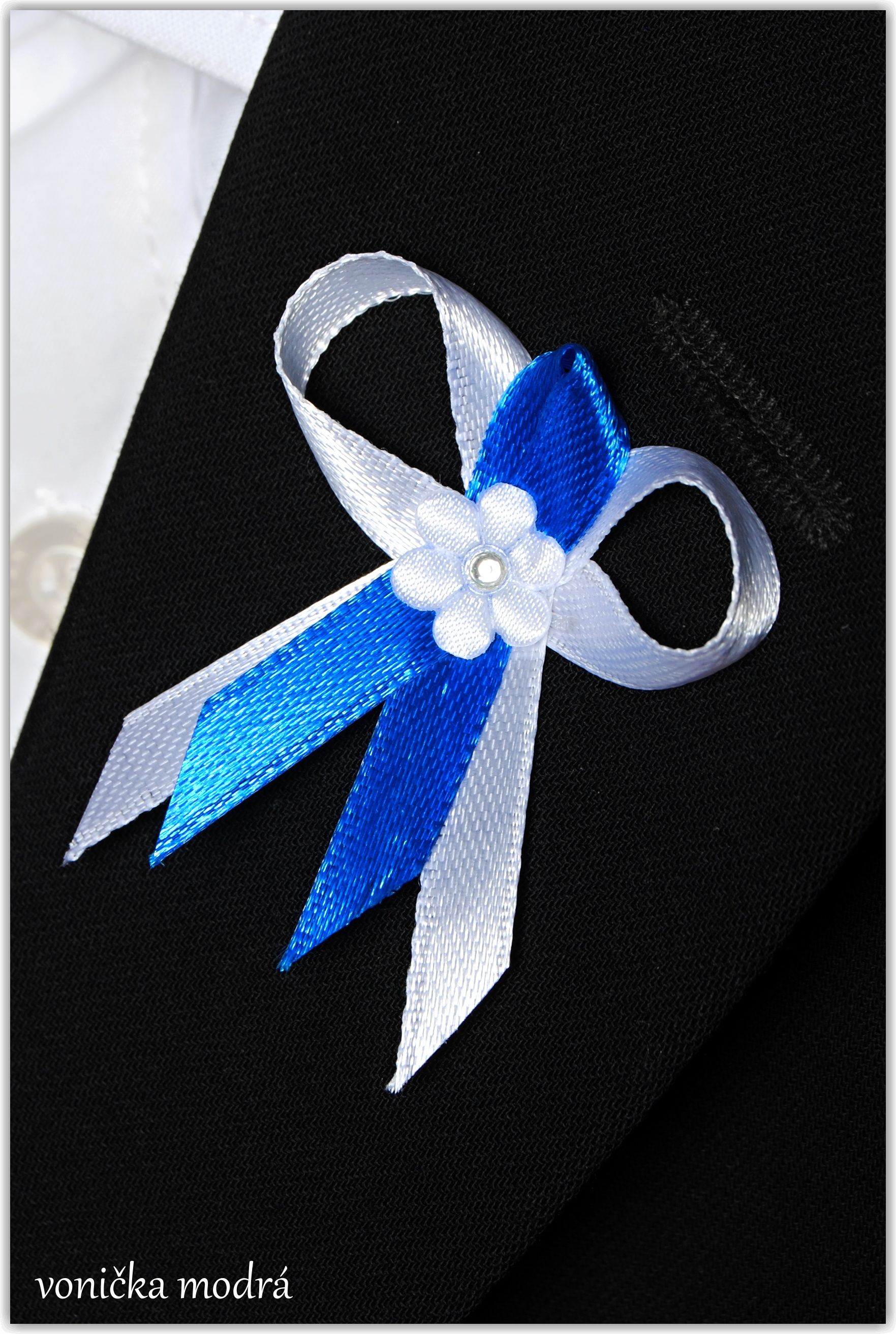 Svatebni Maslicka Mala Ladena Do Bilo Modre Barvy Dekorace A Doplnky